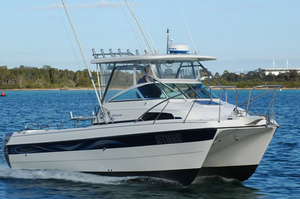 cabin-cruiser-catamaran