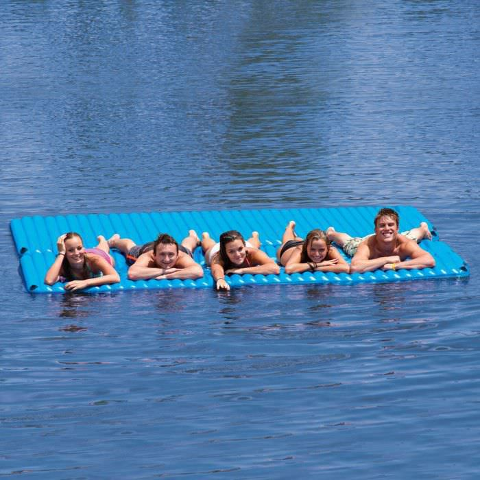 matelas gonflable piscine 4 personnes