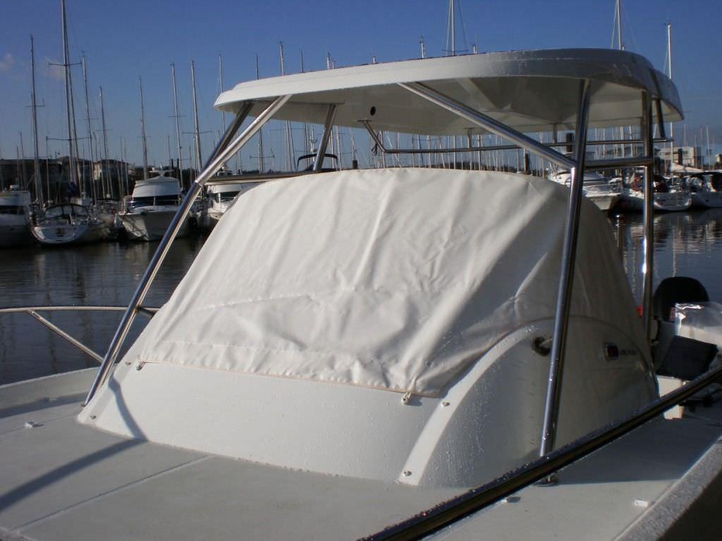Housse de protection / de bateau à moteur / de console de pilotage on