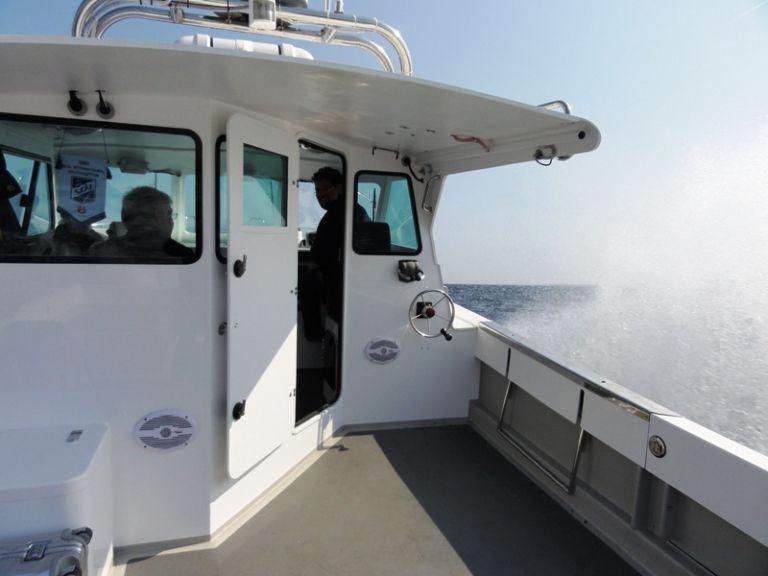 bateau de peche moteur diesel