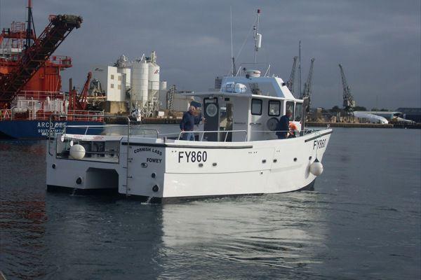 bateau de peche professionnel d'occasion