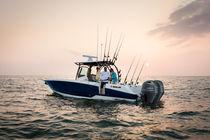 Coque open hors-bord / bi-moteur / de pêche sportive / max. 8 personnes
