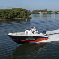 Coque open hors-bord / de pêche sportive / max. 8 personnes / T-Top