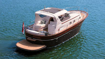 Vedette in-bord / hard-top / traditionnelle / max. 10 personnes