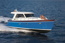 Vedette in-bord / POD IPS / lobster / max. 12 personnes