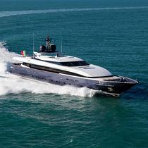 Super-yacht de croisière / raised pilothouse / en aluminium