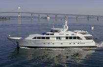 Super-yacht de croisière / classique / à fly / à déplacement