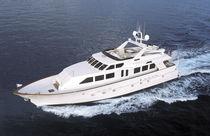 Motor-yacht rapide / à fly