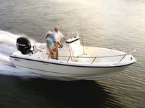 Coque open hors-bord / à console centrale / de pêche sportive / max. 8 personnes