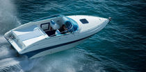 Cabin-cruiser in-bord / open / max. 7 personnes / 2 couchages