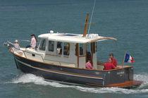 Bateau de pêche-croisière in-bord / hors-bord / avec timonerie