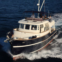 Trawler in-bord / à fly / 2 cabines
