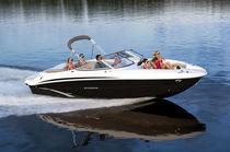Deck-boat in-bord / max. 12 personnes
