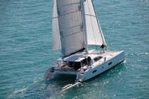 Catamaran / de croisière / cockpit ouvert