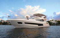 Motor-yacht de croisière / à fly / 5 cabines