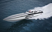 Runabout in-bord / offshore
