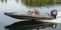 Bass boat hors-bord / à console latérale / de pêche sportive