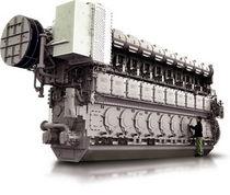 Moteur pour navire / semi-rapide / auxiliaire / diesel