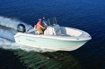 Coque open hors-bord / de pêche sportive / max. 8 personnes