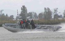 Bateau militaire in-bord / in-bord hydrojet / bateau pneumatique semi-rigide