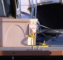 Borne de distribution électrique / avec éclairage intégré / pour ponton / avec compteur