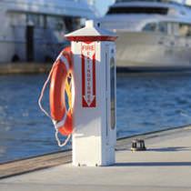 Borne incendie / avec éclairage intégré / pour ponton