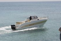 Day-cruiser hors-bord / open / max. 8 personnes