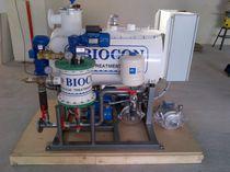 Système de traitement eaux usées / pour navire