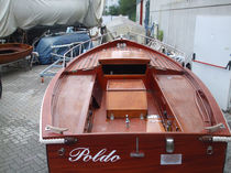Monocoque / day-sailer / en bois / 1 cabine