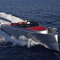 Coque open in-bord / à console latérale / en aluminium / annexe pour yacht