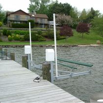 ascenseur &agrave; bateaux Mini Mag 2800 Magnum Boat Lifts