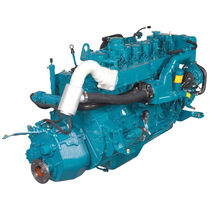 moteur marin professionnel : in-bord diesel 100 - 300 cv (injection directe, atmosphérique) BETA 150 (147 HP @ 2800 RPM) Beta Marine