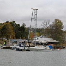 grue sur quai flottant / de pont