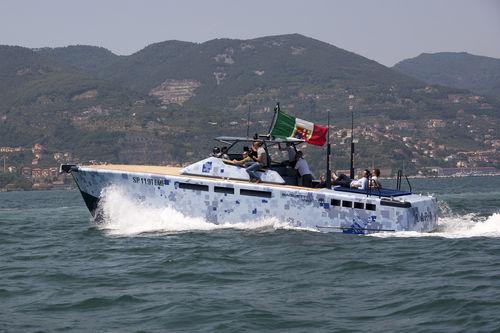 Coque open in-bord / coque planante / en aluminium / max. 10 personnes LAP-1 Baglietto spa