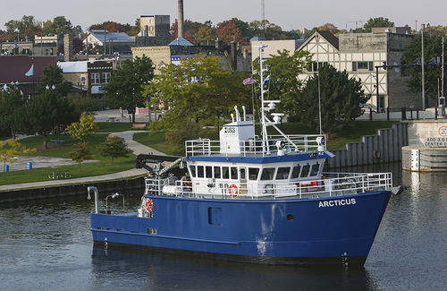 navire de recherche océanographique - Burger