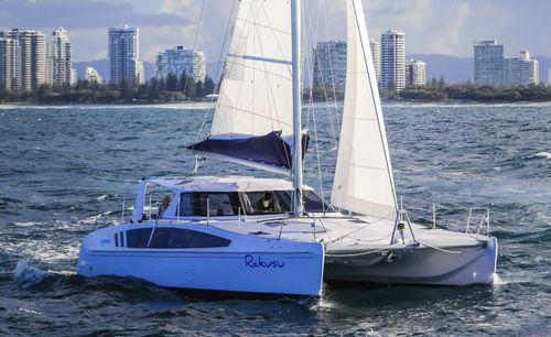 catamaran / de croisière / cockpit ouvert / 3 cabines