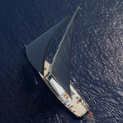 sailing-superyacht de croisière / cockpit ouvert / en aluminium / sloop