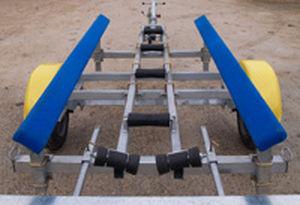 Remorque de route / de mise à l'eau / pour bateau Tilting bunk FunYak