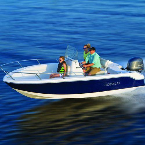 coque open hors-bord / de pêche sportive / max. 6 personnes