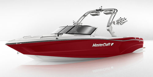 runabout in-bord / bow-rider / à double console / de wakeboard