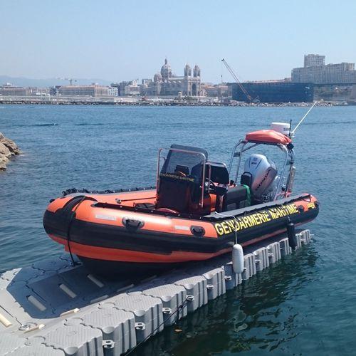 ponton flottant / modulable / pour amarrage à sec / pour marina