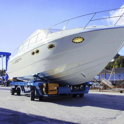 remorque de manutention / pour bateau / pour chantier naval / contrôlée à distance