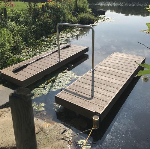 cale de mise à l'eau kayaks / flottante pour canoës