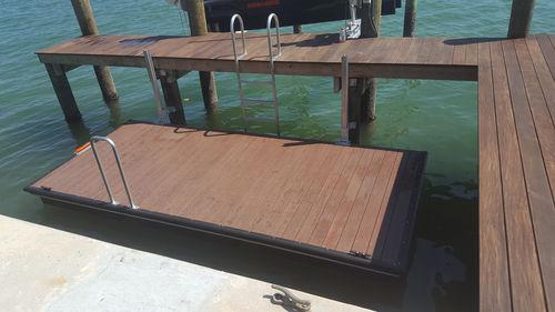 ponton flottant / d'amarrage / pour marina / pour canoë-kayak