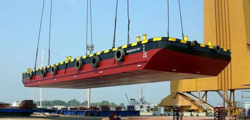 barge de récupération des hydrocarbures / en aluminium