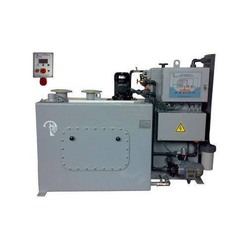 système de traitement d'eaux usées / des eaux de cale / d'eau douce / pour navire