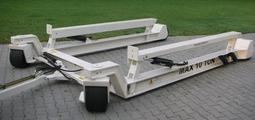 remorque de manutention / pour chantier naval / hydraulique