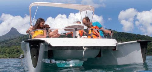 bateau pour base de loisirs / catamaran / électrique