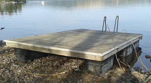 plateforme flottante / pour marina / pour base de loisirs / de baignade