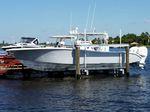 Ascenseur à bateaux / monté sur ponton Vertilift  Ace Boat Lifts, LLC